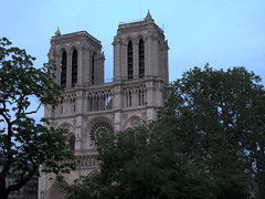 "Notre Dame - 2 • <a style=""font-size:0.8em;"" href=""http://www.flickr.com/photos/8364105@N02/503759156/"" target=""_blank"">View on Flickr</a>"