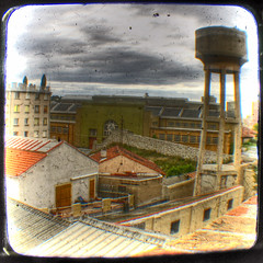 Saint-Louis, Marseille II (Lolo_) Tags: tower water marseille eau kodak saintlouis chateau hdr duaflex 15e ttv throughtheviewfinder