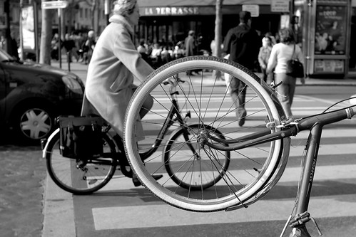 creative commons hi-res photo of the day:  wheels (3281 x 2187)