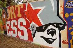 flying fortress (Pasota.com) Tags: street streetart art graffiti flying spain teddy palma fortress troops