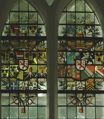 Noordwolde, Groningen, window, detail (groenling) Tags: glass star coatofarms eagle lion h trunk crown groningen glas tassel ubbena kroon ster leeuw boomstam adelaar kwast noordwolde jongema egten berding gebrandschilderd sikkinge starkenborg vanbeninge vanwaerle vanheuvel thedema gaykenge mepsche hellebrandus ompteda moulart targers