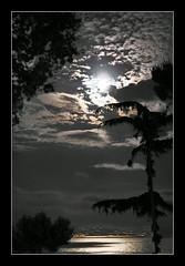 Moon (diedm) Tags: luna napoli sorrento soe questfortherest supershot neaples sonyr1 anawesomeshot mieiocchi