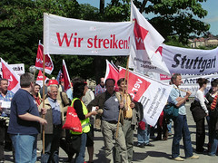 Solidarity (MarkusR.) Tags: germany stuttgart telekom solidarity laborunion verdi dgb aktionstag solidaritt labordispute gewerkschaft unsocial nationaldayofaction arbeitskampf mrieder unsozial