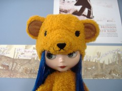 bears like charles bronson and early decemberists (Tastes Like Static) Tags: home cola excited blythe abe blueroom gncbear