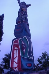 Grinding His Teeth (cwgoodroe) Tags: bear park wood sculpture art digital oakland bay eyes colorful paint bright eagle pentax native hawk d totem carving historic nativeamerican area totempole ist