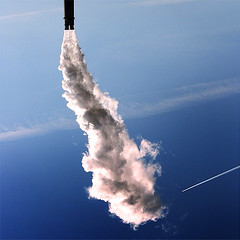 Rocket Launch of a Soulsailor (_ Krystian PHOTOSynthesis (wild-thriving) _) Tags: selfportrait lightpainting berlin art self square fly europa europe kunst pipe quad liftoff smokestack squareformat paintingwithlight rocket pank krystian 2007 antigravity lichtmalerei quadrat skyrocket arteaparte pankaesthetik photosynthesis 500x500 pankrystian logosinberlin photophilosophy agravity photosynthese ceciunepipe soulsailor antigravitation malenmitlicht witwisdom globalwarmingawareness schneidewind intoinnerspace exploreyourselfandoverkomegravity enjoyyourselfmyfriendyouareanunexploredkosm