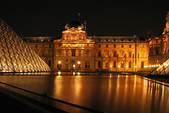 Louvre at night (Nino H) Tags: travel paris france reflection museum night bravo searchthebest louvre lumire muse nuit supershot outstandingshots abigfave shieldofexcellence anawesomeshot irresistiblebeauty superbmasterpiece travelerphotos goldenphotographer flickrdiamond