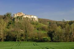 Castello delle formiche - by leosagnotti