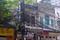 (ONE/MILLION) Tags: mess vietnam wires poles hanoi joking helpyourself onemillion uncontrolled