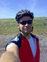 Obligatory self-shot (Erwin Bolwidt) Tags: cycling fietsen ijsselmeer selfshot