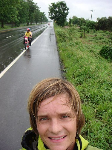 Typical, wet roadside stop! Hrmpfh!