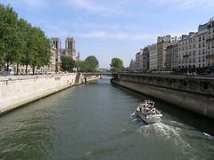Pont Neuf/Seine River (Mr. History) Tags: paris france louvre notredame pont neuf seineriver