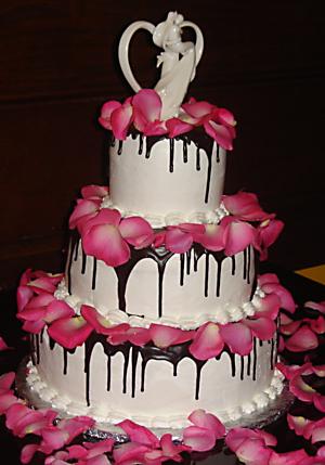 512182476 ef9865a247 o d Baú de idéias: Bolo de casamento rosa e marrom I