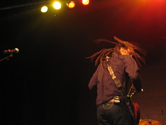 Dreads a' flyin (Librarianguish) Tags: dreadlocks george gorgeous sunday peaceful singer gorge spearhead performer dreads incredible michaelfranti musicfestival magicmoment sasquatch 507 msh0607 msh060713 6millionpeople