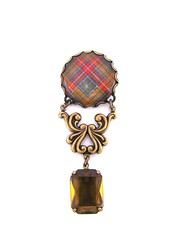 Ancient Romance Series - Scottish Tartans Collection - Buchanan Old Sett Weathered Clan Tartan Ornate Filigree Brooch with Whiskey Glass Gem