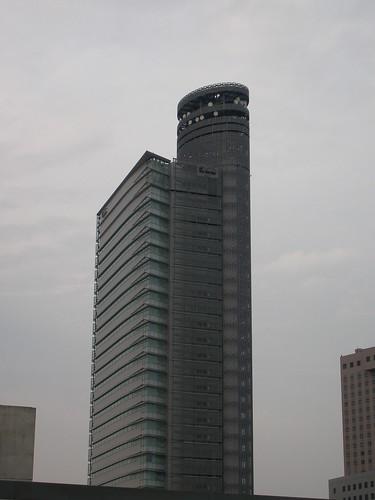 NTT Docomoも高いビルを建てているのね