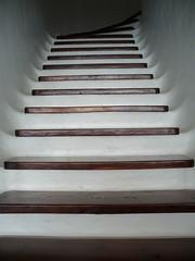 Peldaos de escalera, diseo de Jorge Manrique en Lanzarote (Samuel Negredo) Tags: wood stairs madera lanzarote canarias jorge canaryislands escaleras manrique peldaos