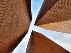 Pillars (David M Hogan) Tags: seattle uw campus universityofwashington photostroll supershot davidhogan seattleflickritesphotostroll