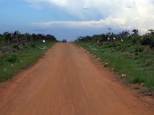 Land Mine por Living in Kuito.
