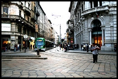 strada milano - by PongAccia