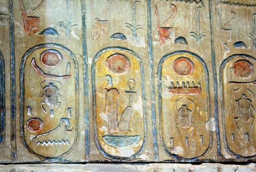 2006_0610_103933AA Koningslijst uit Abydos,tempel Ramses2,BM Londen por Hans Ollermann.