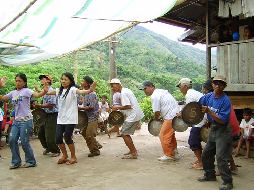 traditional dancing indigenous culture tradition luplupa thanksgiving rural kalinga Pinoy Filipino Pilipino Buhay  people pictures photos life Philippinen  菲律宾  菲律賓  필리핀(공화국) Philippines gansa music