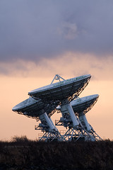 Dish the dirt (. Andrew Dunn .) Tags: morning cambridge england sky 3 clouds landscape dawn dish observatory ami astronomy antenna eastanglia radiotelescope interferometer radioastronomy lordsbridge mrao interestingness132 i500 challengeyouwinner mullardradioastronomyobservatory ryletelescope arcminutemicrokelvinimager