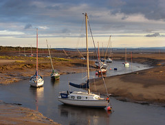 River Alt at Hightown (Mr Grimesdale) Tags: beach boats evening sony estuary mooring eveninglight merseyside sefton hightown capitalofculture rivermersey mrgrimsdale buoyant stevewallace capitalofculture2008 liverpoolcapitalofculture2008 dsch2 europeancapitalofculture2008 riveralt photofaceoffwinner liverpoolcapitalofculture pfogold mrgrimesdale grimesdale