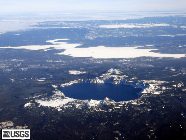 CraterLake05_aerial_crater_lake_mount_scott_from_west_12-10-05_med