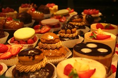 Picking a dessert (cathou_cathare) Tags: food france cake boulogne patisserie bakery pastry gateau cakeshop aliment