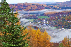 Misty Dunkeld and District (eric robb niven) Tags: ericrobbniven scotland dunkeld birnam perthshire walking hillwalking dundee mist autumn