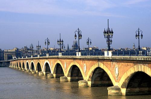 Bordeaux-Pont-Pierre