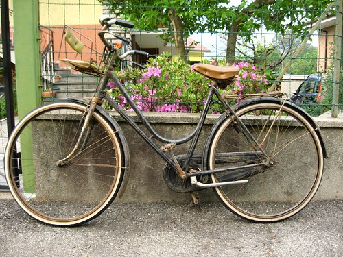 Old bike in Ornavasso, Italy