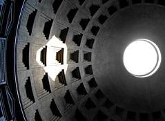Pantheon Oculus (Paul T.  Hurst) Tags: rome church pantheon dome oculus