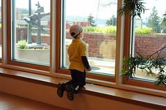 window watchin (bellyface) Tags: kids 14 rangefinder epson f2 40mm jonas caleb nokton rd1 epsonrd1 digitalrangefinder cv40mm14