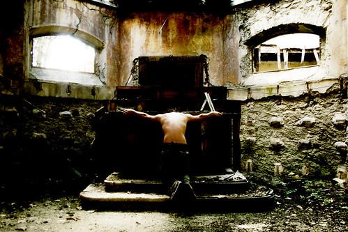 the impudent mask of the war -- fabrizio mask ilguerrierodellezecche altare fabriziodeandré sguardo military blasfemo ghigno uomo guerriero lui