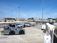 "san jose airport • <a style=""font-size:0.8em;"" href=""http://www.flickr.com/photos/70272381@N00/491980900/"" target=""_blank"">View on Flickr</a>"