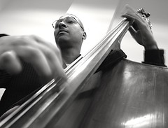 Creativity (Villa Sams) Tags: blackandwhite bw music creativity bass navy jazz navyband doublebass uprightbass charlesmingus vinney fastfingers interestingness17 i500 superaplus aplusphoto villasams explore20070512