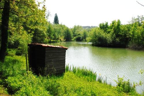 Fishing hut and lake, Bordeaux