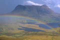 Shower on Cul Mor (Andrew Luyten) Tags: mountain scotland rainbow assynt culmor ratemylandscape