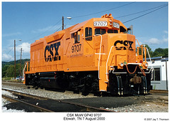 CSX MoW GP40 9707 (Robert W. Thomson) Tags: railroad orange train pumpkin diesel tennessee railway trains mow locomotive trainengine csx etowah emd gp40 maintenanceofway fouraxle