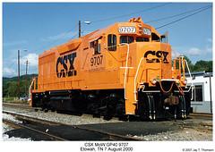 CSX MoW GP40 9707 (Robert W. Thomson) Tags: railroad orange train pumpkin diesel tennessee railway trains mow locomotive trainengine csx etowah emd gp40 maintenanceofway fouraxle