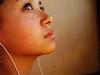 Looking to the sky (alineioavasso™) Tags: apple girl look olhar ipod garota fone menina olhando challengeyouwinner alineioavasso