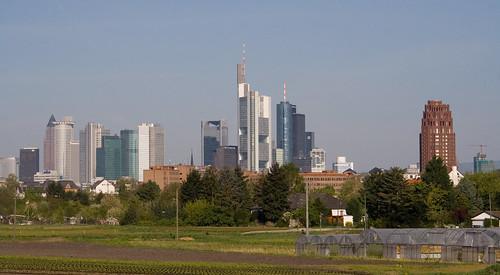 Die Skyline von Frankfurt aus Richtung Oberrad gesehen