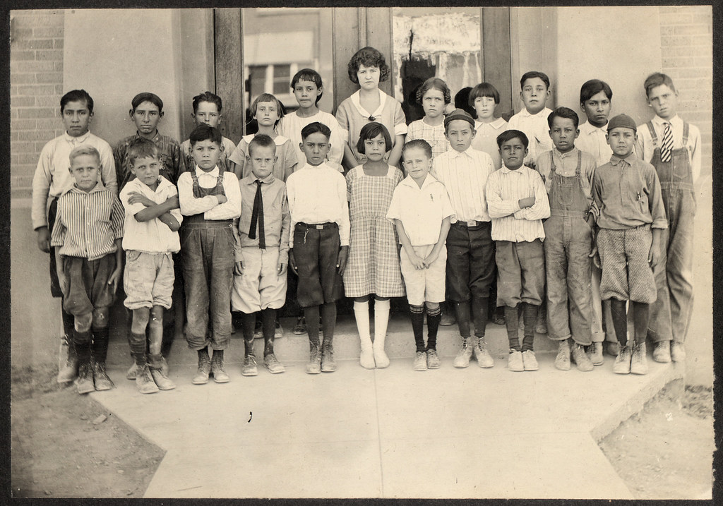 old class photo with grandpa, 1923