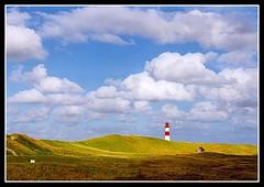 Sylt (knudsburg) Tags: sea lighthouse clouds germany landscape deutschland northsea neat sylt landschaft nordsee leuchtturm norddeutschland nordfriesland 25faves flickrduel aplusphoto superhearts