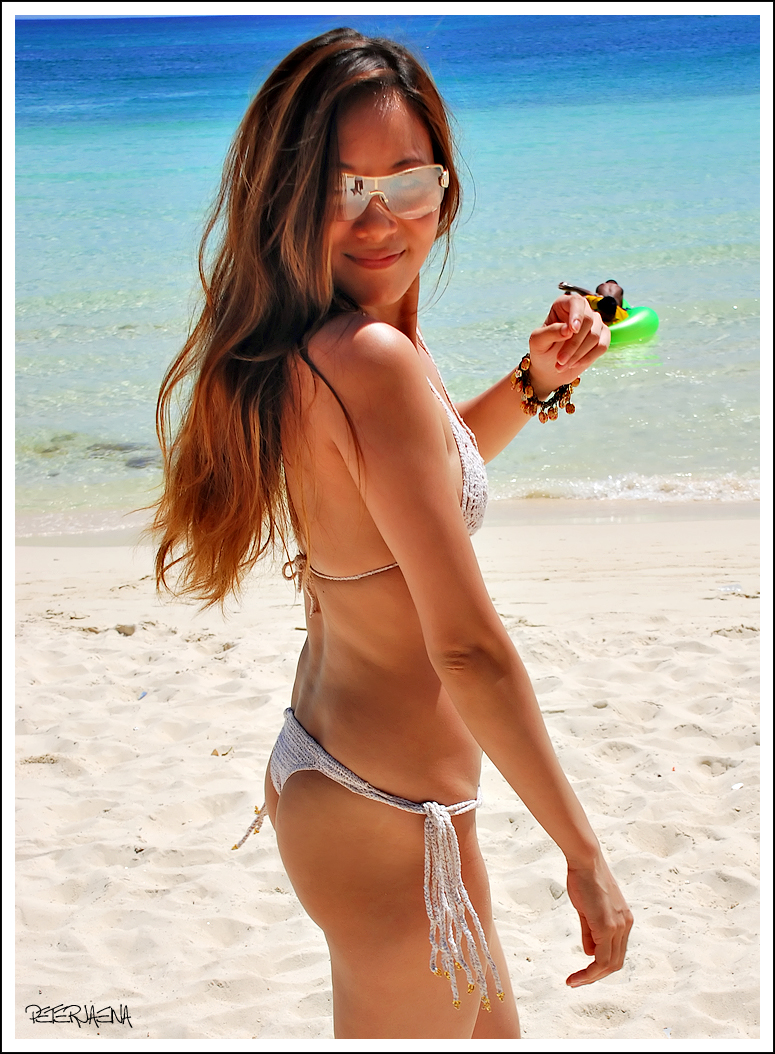 Hot Summer Heat is making way for a Boracay adventure with beach babes