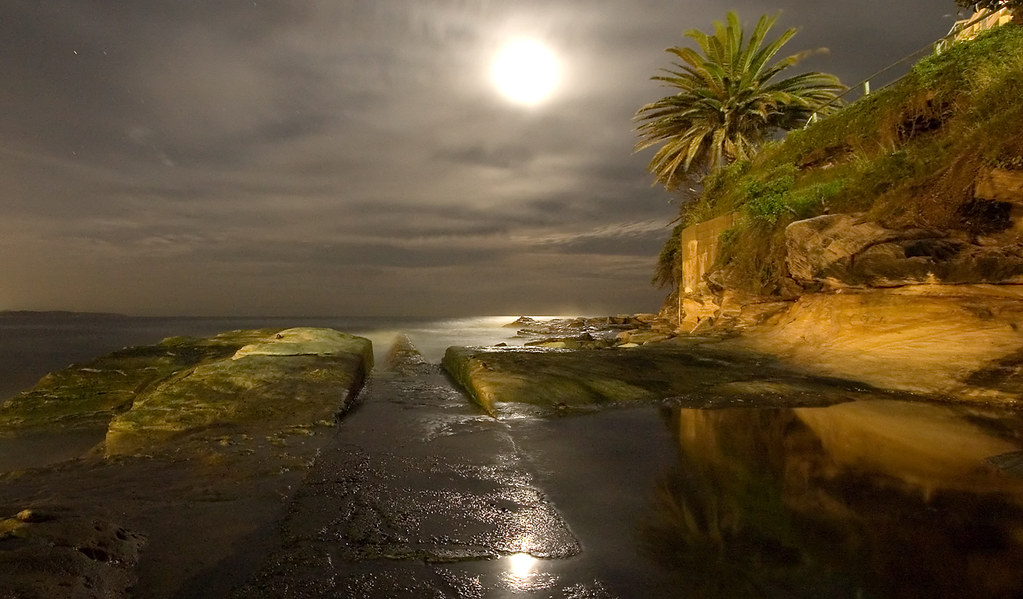 stunning night shot long exposure pictures