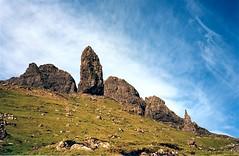 Old Man of Storr (cyann90) Tags: sky cloud nature rock skyline clouds scotland highlands isleofskye ciel nuage nuages rocher analogic oldmanofstorr storr argentic