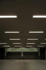 (arnd Dewald) Tags: light lamp stairs underground subway licht metro fliesen symmetry treppe tiles ubahn bochum ruhrgebiet leuchte schauspielhaus ruhrpott symmetrie asymmetrya arndalarm img90551ab